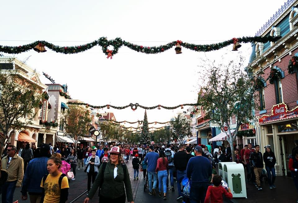 6 Reasons to Visit Disneyland